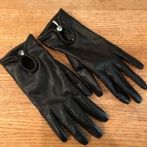 Ann Taylor NWOT Black Leather Cashmere gloves XS/S